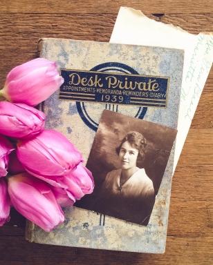 gfancy_grandma_diary_tulips