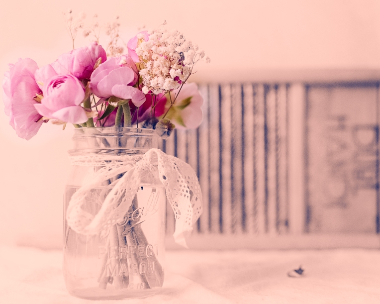 btl_pink.ranunc_bnw.pink.tint